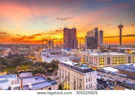 San Antonio, Texas, USA Skyline at dusk from above.