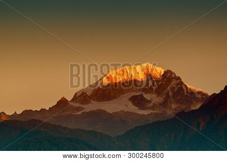 Beautiful First Light From Sunrise On Mount Kanchenjugha, Himalayan Mountain Range, Sikkim, India. O