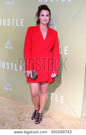 LOS ANGELES - MAY 8:  Melissa Claire Egan at