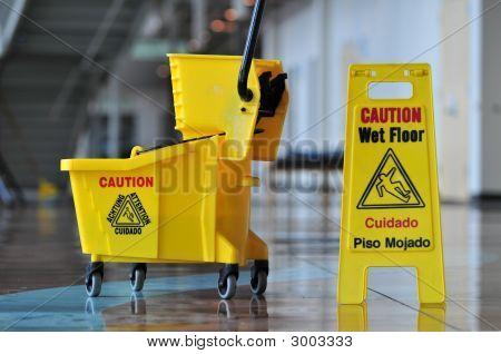 Vorsicht nass Etage