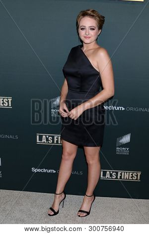 LOS ANGELES - MAY 10:  Sophie Reynolds at the