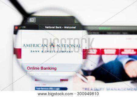 Richmond, Virginia, Usa - 9 May 2019: Illustrative Editorial Of American National Bankshares Inc Web