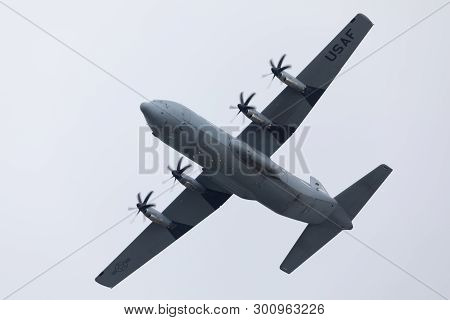 Louisville, Kentucky, Usa - April 13, 2019: Thunder Over Louisville,  United States Air Force C-130