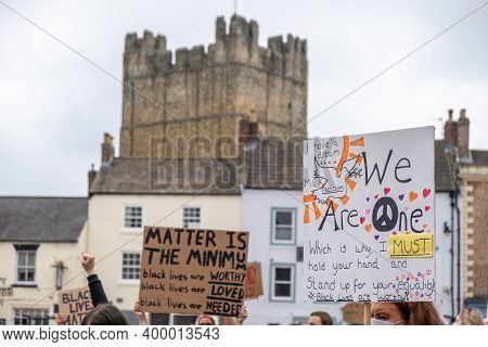 Richmond, North Yorkshire, Uk - June 14, 2020: Banners Supporting Black Lives Matter In Front Of Ric