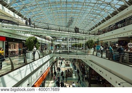 Lisbon, Portugal - May 11, 2018: Vasco Da Gama Shopping Mall In Lisbon, Portugal