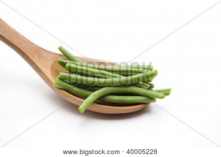 String beans on Wooden Spoon