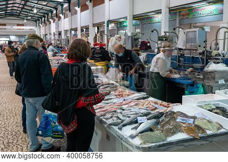 Setubal, Portugal - 18 December, 2020: View Of The Livramento Market In Setubal With Many Customers