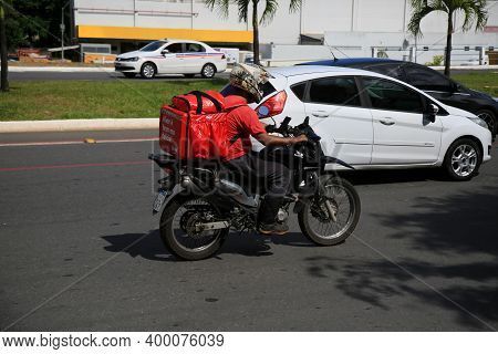 Delivered Of Food By Aolicative