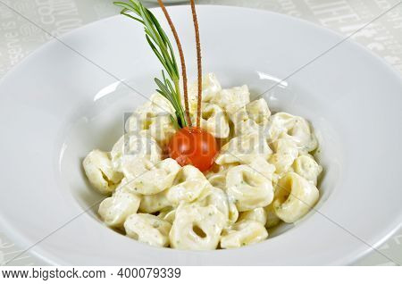 White Porcelain Plate In Special Yoghurt Sauce Pasta, Special Yoghurt Sauce Pasta