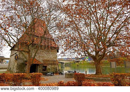 Maribor Water Tower (slovene: Vodni Stolp), Medieval Fortified Tower In Maribor, Slovenia. Stands Di
