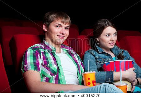 couple in cinema