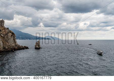 Skala Parus, Yalta. View Of Bolshaya Yalta From The Castle Swallows Nest, Crimea