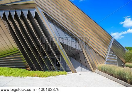 EAST LANSING, MI -22 AUGUST 2020- Modern architecture of the Eli and Edythe Broad Art Museum at Michigan State University (MSU) in East Lansing opened in 2012 and designed by architect Zaha Hadid.