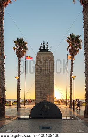 Adelaide, South Australia - March 18, 2017: Iconic Pioneer Memorial At Moseley Square, Jetty Road In