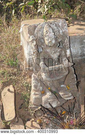 Hindu Idol Carved In Stone. Bandhavgarh National Park. Madhya Pradesh. India.