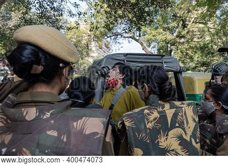 December 2020 Delhi, India Delhi Police Detained A Protestor From Jantar Mantar,farmers Are Protesti