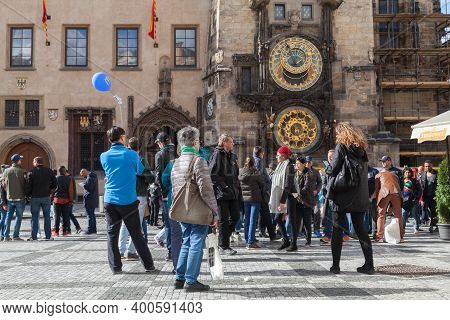 Prague, Czech Republic - May 2, 2017: Tourists Are Near The Prague Astronomical Clock, Or Prague Orl