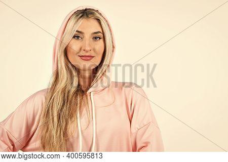 Gym Fashion. Trendy Sportswear. Sport Style. Feel So Sporty. Cute Girl In Training Clothes. Fashiona