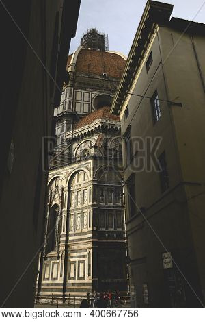 Florence, Italy - April 26, 2006: Detail Of The Immense Florence Cathedral, Or Duomo Di Firenze, Dec