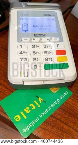 Bordeaux , Aquitaine  France - 20 15 2020 : Vital Card Reader Of French Social Security Service Of I