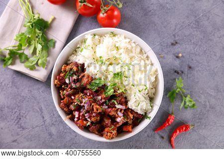 chili con carne and rice