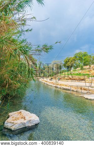 View Of Natural Warm Water Pool In Gan Hashlosha National Park (sakhne), In The Bet Shean Valley, No