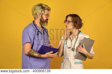 Veterinary. Medical Staff People. Medical Education. Evidence Based Medicine. Team Of Doctor And Nur