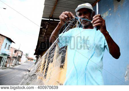 Fish Fixing Fishing Net