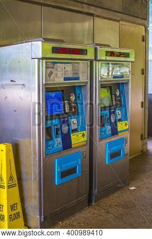 Avondale Estates, Ga / Usa - 07 07 20: Marta Kinsington Transit Station Two Machines