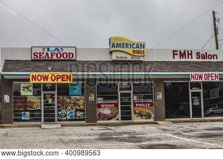 Decatur, Ga / Usa - 07 07 20: Urban Ethnic Shopping Center Background