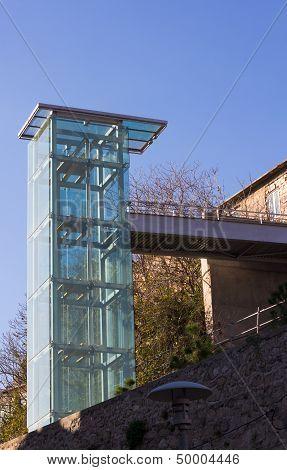 A Modern Outdoor Glass Elevator