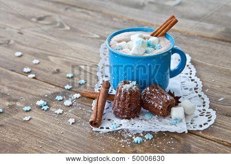 Heisse Schokolade Mit Kleinen Kuchen