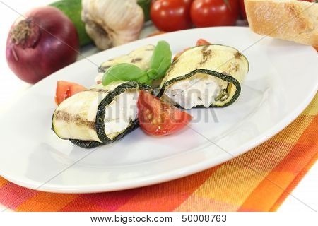 Fresh Stuffed Courgette Rolls