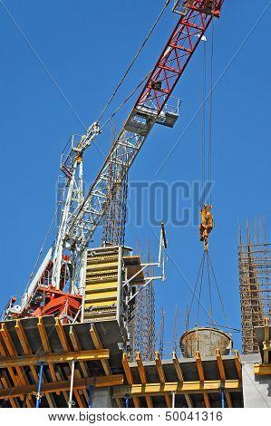 Concrete formwork and crane