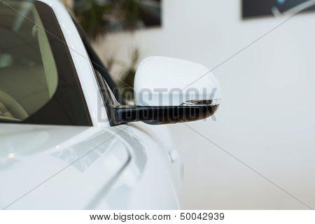 mirror white car
