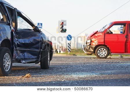 Total car crash smash accident in city road lane