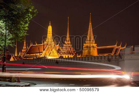 The Grand Palace And Wat Phra Kaeo In Bangkok