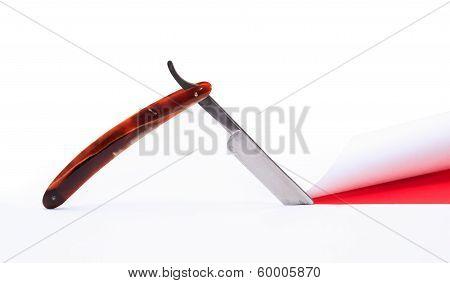 Razor Cutting Paper