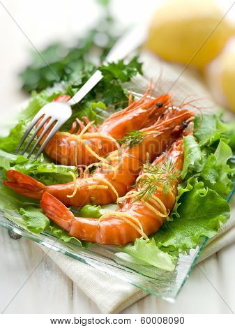 giant shrimp with green salad