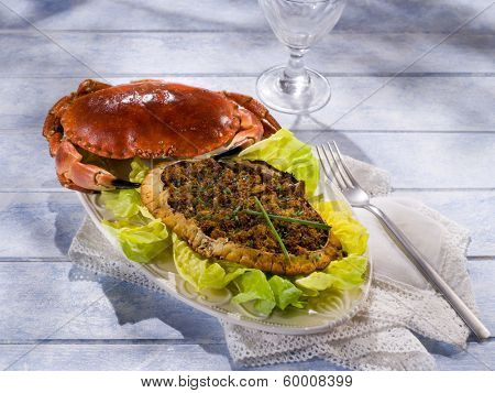 stuffed crab with green salad
