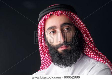 arabic businessman with beard