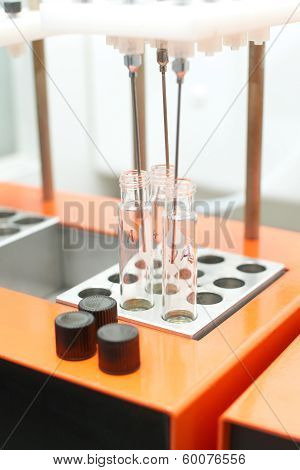Equipment in a lab
