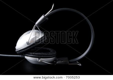 Headphones With Cable And Reflaction