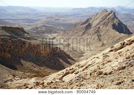 Crater Ramon