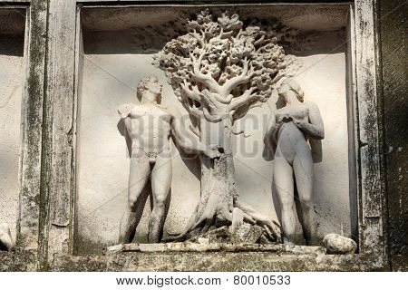 Human Rights Monument in Paris Franc