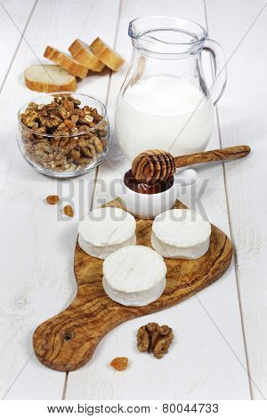 Shavuot: Milk, Soft Cheese And Honey