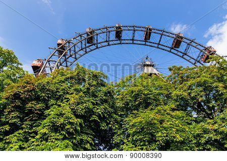 one of the landmarks of vienna in austria is the ferris wheel in the prater