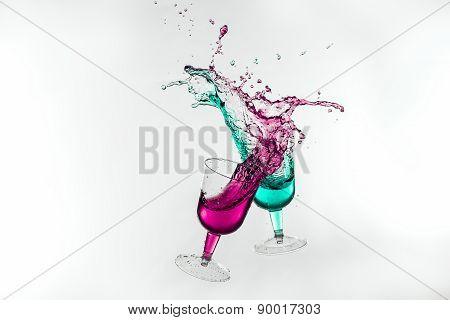 Dancing Drinks