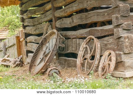 Old house and wheels