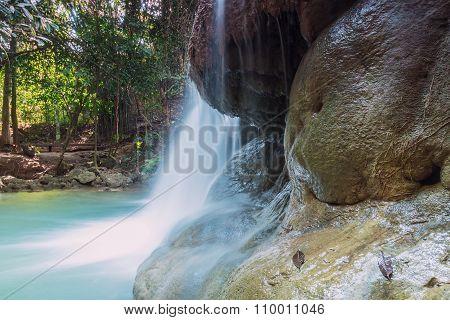 Waterfalls Huay Mae Kamin